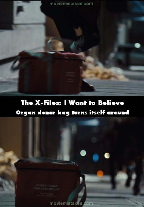 The X-Files: I Want to Believe mistake picture