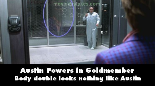 Austin Powers in Goldmember mistake picture