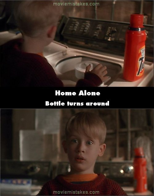Home Alone mistake picture