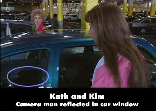 Kath and Kim mistake picture